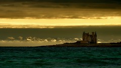 TORMENTED (Marie.L.Manzor) Tags: castel ocean sea sunset sun backlight waves beach sky landscape seascape nikon nikkor bretagne france quiberon clouds marielmanzor