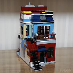 31026ALT-4 (inyonglee) Tags: lego legobuilding moc 31026 lego31026 modular legomodular cafe