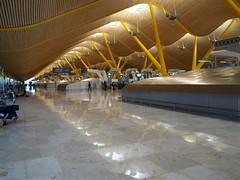 Check-in hall (Madrid-Barajas LEMD-MAD) (TheWaldo64) Tags: madrid mad checkin t4 terminal4 lemd