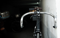 F550 Matte Black : Mau (Factory Five) Tags: black bike bars aluminum track factory 5 five gear drop fixed fixie custom matte nitto f550 b123