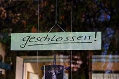 IMG_0670 (Benny Hünersen) Tags: sign germany deutschland schild april skilt tyskland schleswigholstein holstein 2014 plön geschlossen pløn