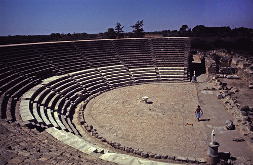 "389Zypern Salamis Theater • <a style=""font-size:0.8em;"" href=""http://www.flickr.com/photos/69570948@N04/14028367157/"" target=""_blank"">View on Flickr</a>"
