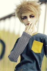 _art_break_2__by_applejazz-d63ojnk (applejazzremix) Tags: hands doll bjd dollfie kieran yuu abjd jointed dollzone