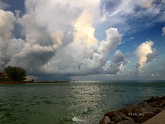 #21DaysWORLD - Day 3 - Water (MsDee) Tags: sunset sky gulfofmexico rain storms hdr johnspass thunderheads mobitog vividhdr