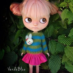 Uabbit??? Uhere???  #blythe #doll #knit #mohair #jumper #sweater #bunny #bunnylove #verdeblue