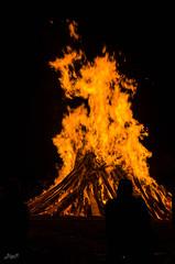 Burn! (-BigM-) Tags: june juni fire photography fotografie 21 flame solstice feuer flamme kreis bigm gppingen adelberg sonnwende