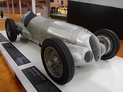 Mercedes-Benz W125 Grand Prix 1937 (Zappadong) Tags: auto classic car silver essen automobile grand voiture prix coche mercedesbenz classics techno oldtimer arrow oldie carshow 1937 2014 youngtimer automobil classica silberpfeil monoposto silverarrow oldtimertreffen silberpfeile w125 zappadong
