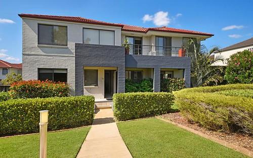 14 Hillsborough Crescent, Glenfield NSW