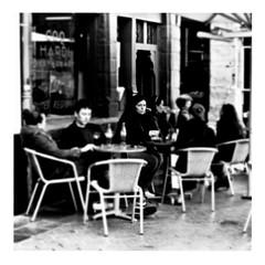 she's not there (japanese forms) Tags: ©japaneseforms2017 ボケ ボケ味 モノクロ 日本フォーム 黒と白 bw blackwhite blackandwhite blancoynegro bokeh candid monochrome random schwarzweis shesnotthere square squareformat strasenfotografie straatfotografie streetphotography thezombies vlaanderen zwartwit