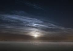 'Dreamy, Long Night Moon 2016..' (Raymond K. Photography) Tags: fullmoon vollemaan supermoon supermaan themoon moon maan moonset maansondergang fog mist mistyfield groundfog dutchmeadows moonlit netherlands holland thenetherlands dutch schermerpolder sonya6300 a6300 nikon nikon20mmedf18 nikonafsnikkor20mmf18ged 20mm dreamylongnightmoon2016 astroscape astrophotography starrysky nightsky