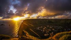 Rano Kau (AOXE) Tags: easter island isla pascua volcan volcano rano kau chile vacaciones atardecer sunset sun sol sony a6000