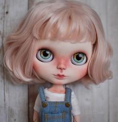 FA - Lucy (OOAK Blythe doll)
