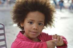 Camille (LC Lebaillif) Tags: littlegirl sweet prettyinpink afro beauty browneyes child