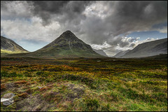 Lé-báisteach (Lato-Pictures) Tags: schottland scotland outdoor mountains berge wetter regen rain highlands weather clouds wolken