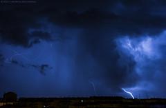 2017.02.13 - 235656 (NIKON D7200) [Amora] (Nuno F. C. Batista) Tags: clouds nuvens amora seixal portugal lusoskies lightning relâmpago thunderstorm trovoada storm night sky nikon severe weather storms photography margem sul skies portuguese meteorology cumulunimbus d7200