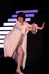 POP_6165 (Philip Osborne Photography) Tags: chicago akhs ardreykellhighschool matinee theatre play charlotte directorterrygabbard pentaxa135mmf28smc velmakelly annahertel