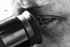 """""""Chi mira più in alto si differenzia più altamente"""" (Fede Z.) Tags: occhio eye telescopio telescope blackandwhite bw biancoenero sun sole"""