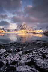 Locos por el hielo, rescates de Lofoten (sgsierra) Tags: lofoten island islas norway noruega fiordo hielo ice mountain montaña phototravel viaje fotografia de