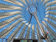 Berlin - Sony Center (madbesl) Tags: berlin deutschland germany europa europe sonycenter potsdamerplatz architektur architecture modern modernearchitektur modernarchitecture dach roof olympus omd em10 m10 omdem10 zuiko918