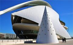 Ciudad de las Artes y de las Ciencias 2 (atsjebosma) Tags: ciudad delasartesydelasciencias valencia spain spanje atsjebosma march maart 2017 calatrava architec
