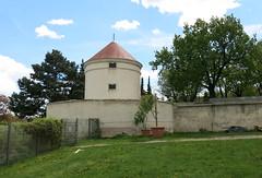 Turm (Don Claudio, Vienna) Tags: wien simmering kaiser maximilian ii habsburg maria theresia gloriette manieristisch zeltburg sultan süleymans löwenhof