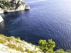 calanque oeil de verre 20161103_144304-Modifier (jmlpyt) Tags: calanque marseille cassis paca tourismepaca provencealpescotedazur provencealpescôtedazur provence promenade sea seascape mediterraneancountries mediterraneansea mediterraneanculture climbing côtedazur coted'azur cotedazurnow frenchriviera frenchculture frenchrivieraconnect frenchmerveilles region regionpaca tourism tourisme traveldestinations travel traditionalculture south southoffrance