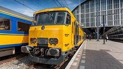 NS DDM-1 7205 about to leave Amsterdam CS for Enkhuizen (Nicky Boogaard) Tags: ns bombardier alstom stadlerrair stadler flirt3 abellio amsterdamcs amsterdam thehague arnhem dusseldorf trains railroad railway