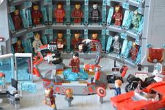 Labo stark 06 (John_Toulouse) Tags: moc mod lego johntoulouse super heroes sh ironman iron man avengers stark labo armor