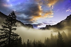 Tunnel view (3dRabbit) Tags: park ca morning sky usa fog clouds view tunnel national yosemite epic