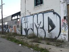 ftmd roller (httpill) Tags: streetart art graffiti tag graf detroit ftmd
