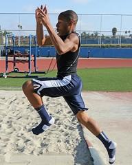 D104295A (RobHelfman) Tags: sports losangeles track highschool practice crenshaw marquisfoust