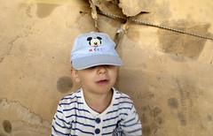 2014.04.08 (maximorgana) Tags: mouse stripes navy tshirt mickey cardboard cap oily juanjo juanjose