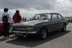 1972 3000E (phatmanslim) Tags: ford capri circuit classiccars anglesey mki tracmon 3000e msaspringclassic2014 jhm391k