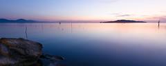 Isola Polvese (SgtPeppers82) Tags: sunset cloud lake lago island long tramonto nuvole rosso isola lunga esposizione polvese trasimento
