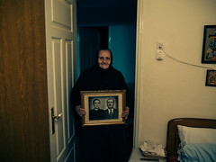 (Sakis Dazanis) Tags: portrait grandmother frame granma
