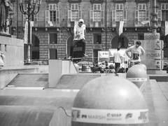We all turn back in the end (fedeskier) Tags: white black castle june torino skateboarding board contest e skate skateboard piazza giugno turin castello bianco nero tavola gara