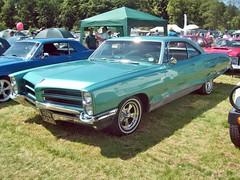 652 Pontiac Bonneville (1966) (robertknight16) Tags: usa pontiac 1960s worldcars
