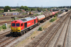 60019 6B33 Didcot 12/06/14. (Dan's Railway Gallery) Tags: didcot tanks dbs petroleum oxon murco class60 gwml
