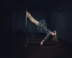 L'automne (joel_korpi) Tags: canon surrealism levitation shaden brookeshaden
