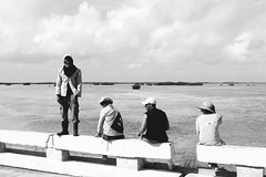 Cuban workers (3M1L14N0) Tags: men beach workers key cuba working cayo