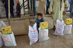 Emergency Relief for IDPs from N. Waziristan (Ummah Welfare Trust) Tags: charity pakistan afghanistan refugee refugees islam relief international muslims ramadan nwfp ramadhan humanitarian ngo kpk humanitarianism bannue