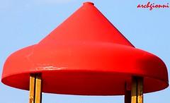 plastica rossa (archgionni) Tags: wood light red sky shadows cone ombre plastic cielo luce legno cono rossa plastica