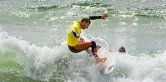 Epreuve de Surf qualificative pour le championnat de Bretagne (gjack56) Tags: mer france sport europe surf bretagne fr morbihan fra guidel sportsevent guidelplage regionalchampionship 15000000 championnatrégional 15073000 iptcnewscodes iptcsubjects continentsetpays 15073035 evènementssportifs