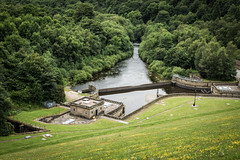 Ladybower Reservoir, Peak District, UK (Dan Swift) Tags: canon lee 6d 24105mm bigstopper 09hardgrad