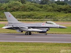 Denmark Air Force --- General Dynamics F-16AM Fighting Falcon --- E-008 (Drinu C) Tags: plane aircraft military sony f16 falcon fighting dsc ffd fairford riat generaldynamics f16am theroyalinternationalairtattoo e008 egva denmarkairforce hx100v adrianciliaphotography