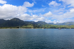 Hanalei Bay (russ david) Tags: hanalei bay kauai september 2016 pier ocean beach pacific hawaii hi sailboat boat landscape mountain 風景 ハワイ