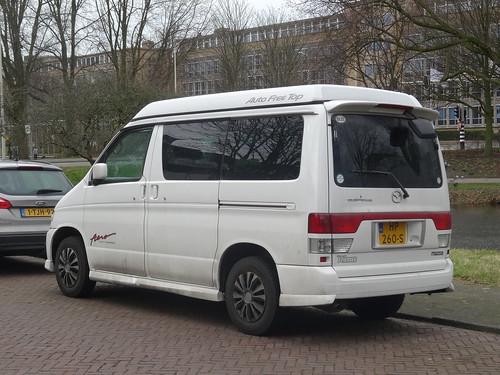 2001 Mazda Bongo Friendee