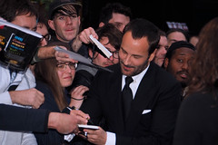 Tom Ford x Autograph Signing (lovellpatrick754) Tags: tomford autographsigning filmpremière bfilondonfilmfestival2016 filmfans autographs darksuit blacktie whiteshirt silkpocketsquare whitepocketsquare doublecuffwhiteshirt tomfordsuit sharpie