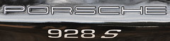 Porsche 928 S (jfhweb) Tags: porsche 928 jeffweb automobile voiture auto car classiccar voituredecollection historicalcar courseautomobile voituregrandtourisme voituredesport automobileclassique voitureancienne rassemblementauto ventabren