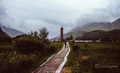 Glenfinnan # 062 # Minox GT Diafilm - 1985 (irisisopen ☼f/8☀︎∑≦light) Tags: minox gt golf dia diafilm colorslide farbe color analog schottland scotland highland wolken regen rain irisisopen